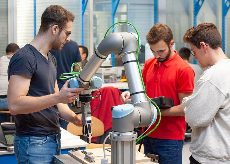 Travaux pratiques sur robots collaboratifs